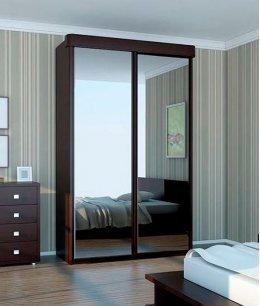 Зеркальные двери-купе в спальню