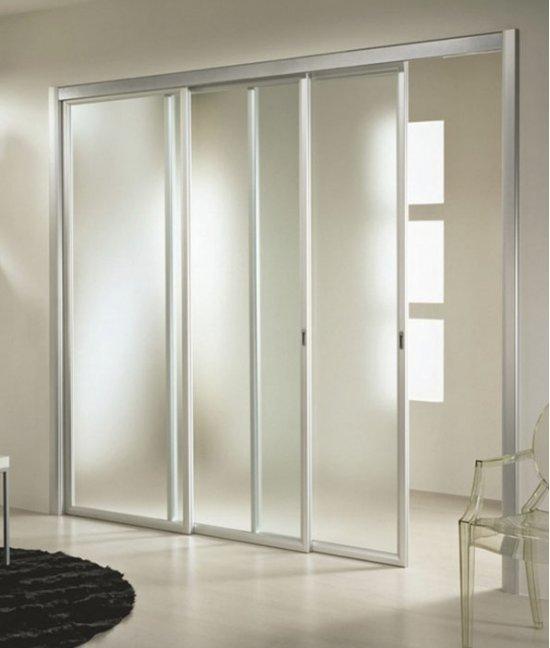 Раздвижные двери из оргстекла