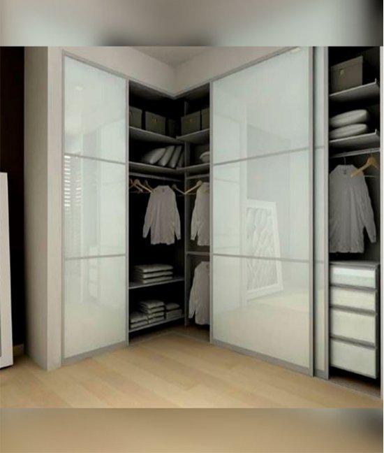 Белый угловой шкаф купе спальню