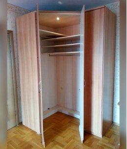 Шкаф угловой двухдверный