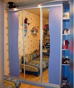Шкаф детский 3 х секционный для одежды