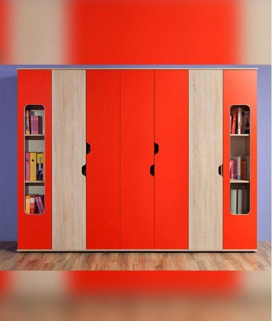 Большой шкаф для детской комнаты
