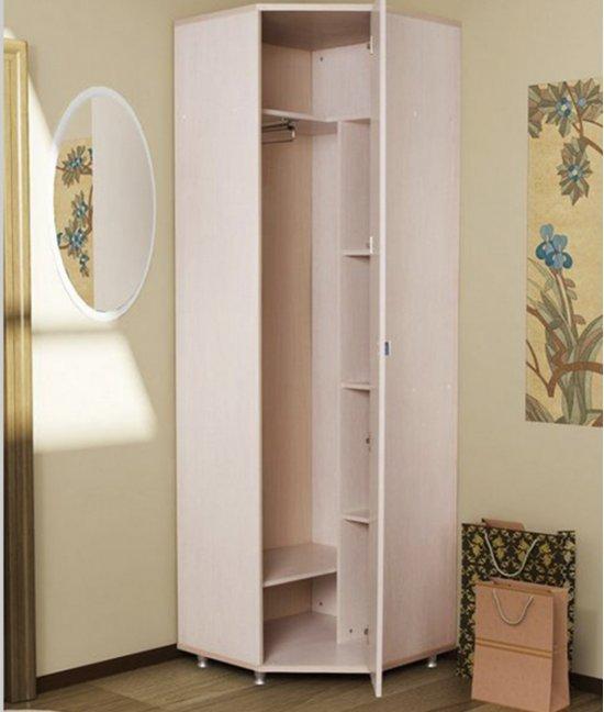 Угловой небольшой шкаф в детскую