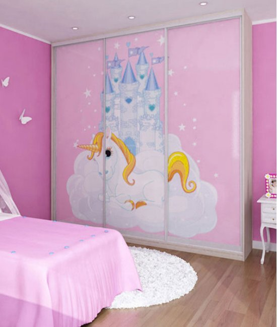 Розовый детский шкаф