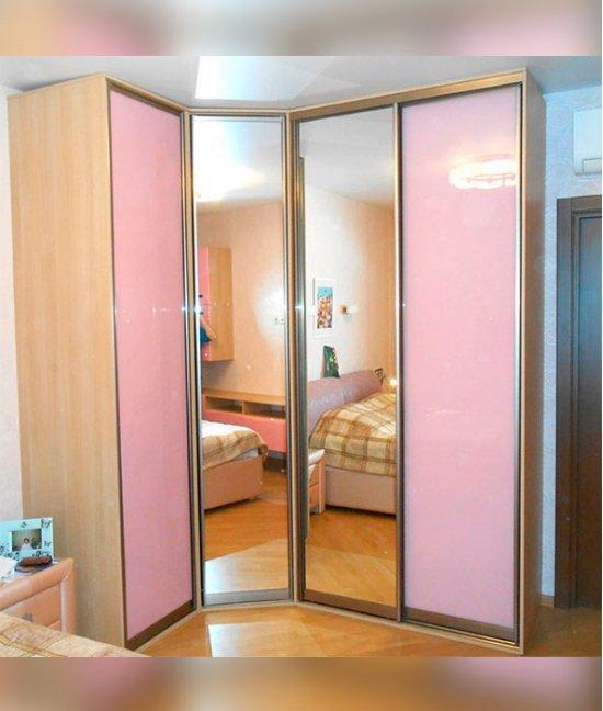 Шкаф купе в спальню для девочки