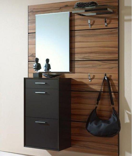 Навесной шкаф в прихожую с зеркалом
