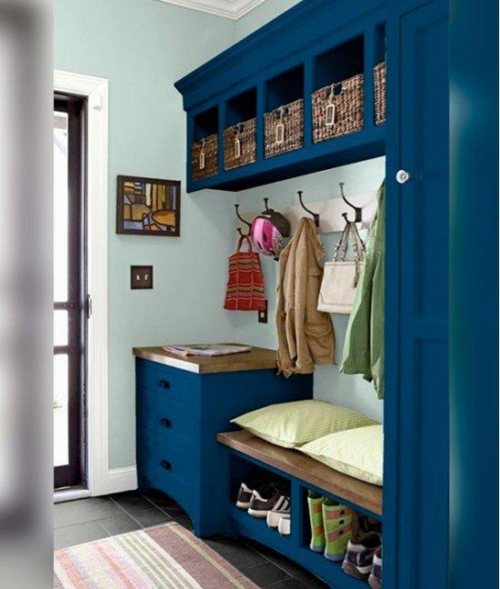 Синий шкаф в прихожую