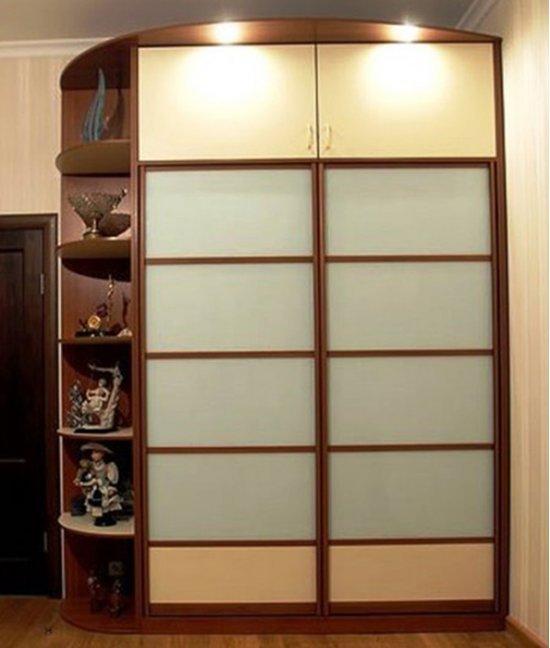 Встроенные шкафы с антресолями в прихожую