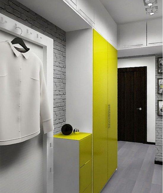 Желтый шкаф в прихожую