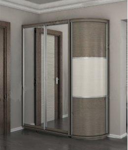 Радиусный шкаф купе с зеркалом