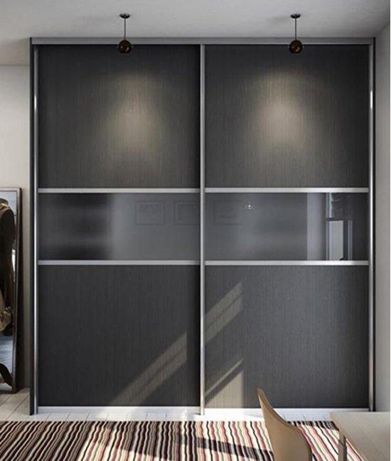 Шкаф купе серого цвета