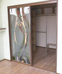 Встроенный глубокий шкаф купе
