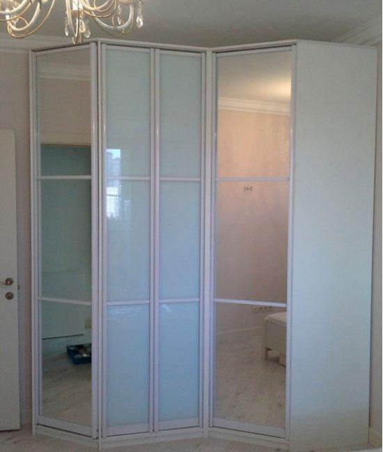 Шкаф для прихожей белый угловой